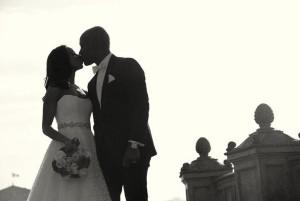 Paris wedding couple photo tour photographer