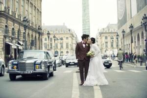 Paris elopement photo tour